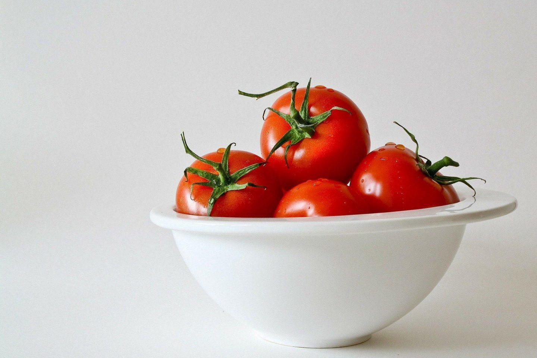 Tomatoes 320860 1920