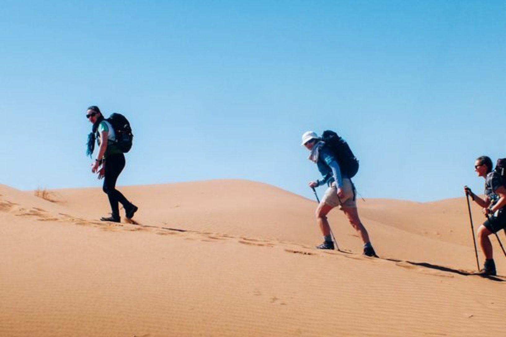Sahara trekking
